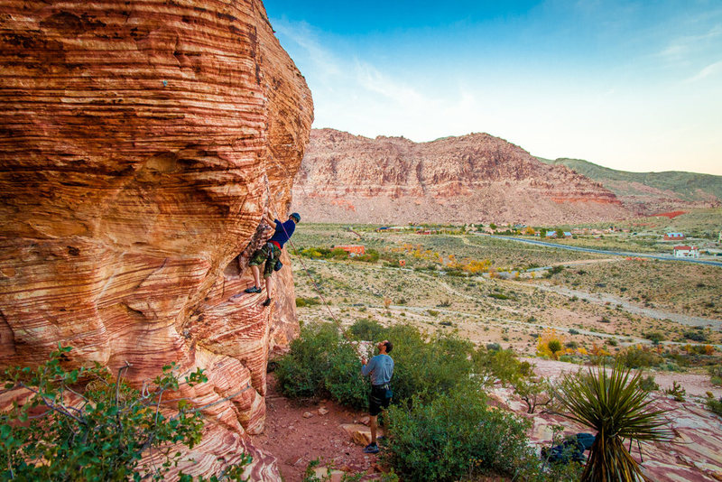 Rock Climbing Photo: Sport climb at Calico Basin, not sure what the nam...