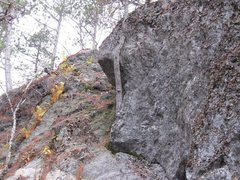 Rock Climbing Photo: upper Edge and only clear rock now. Many little tr...