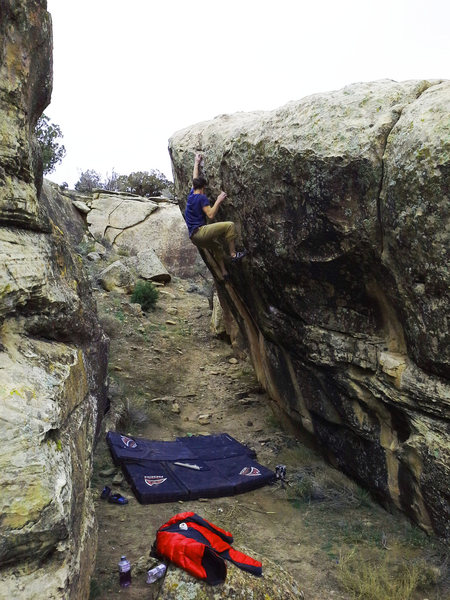 Rock Climbing Photo: Keenan on Mono Pocket Rocket.