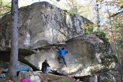 Rock Climbing Photo: Working across the schist roof on We Who Wander. T...