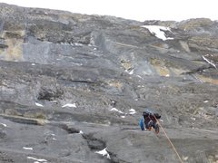 Rock Climbing Photo: Dave Rone on P2 traverse, heading for the ice up t...
