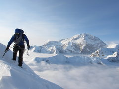 Rock Climbing Photo: Vito pulling in to the Cornice Bivy at 12,700' wit...