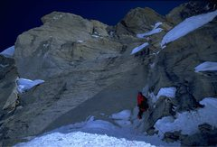 Rock Climbing Photo: Carl Tobin leading into The Vision from the 2nd Ic...