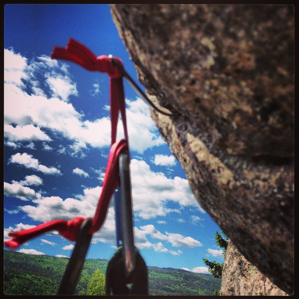 Rock Climbing Photo: Inverted camhook placements make life more interes...