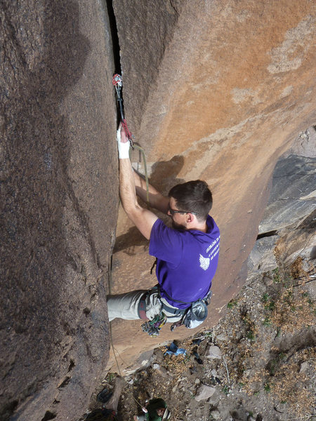 Rock Climbing Photo: James Hunter in the crux of Rumo on a pleasant Dec...