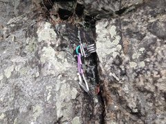 Rock Climbing Photo: Metolius #8 Cam on Chipped Tooth Crack, Recovered ...
