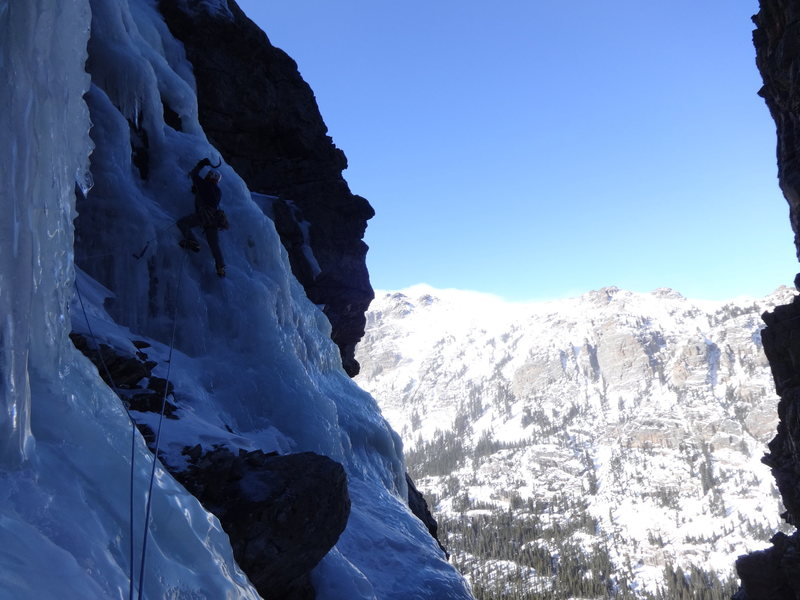 Leading the first ice pitch of the NW Gully-Thatchtop