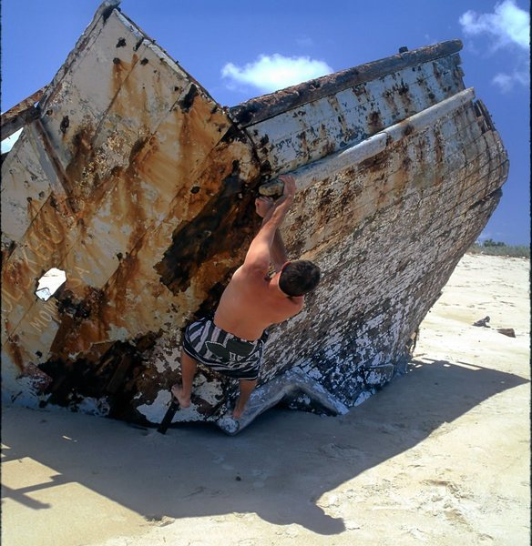 "FA of ""Shipwrecked"" Kiwayu, Kenya"