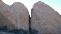 Rock Climbing Photo: The Vaginal Wall, north end of Corvus Crack on the...