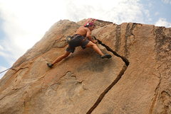 Rock Climbing Photo: Holcomb Valley Pinnacles Crack