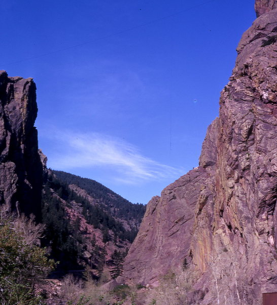Rock Climbing Photo: Eldo in 1974 - note the high wire at the top of th...