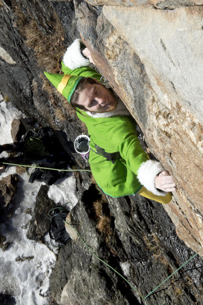 Buddy the Elf making it through the crux... Merry Xmas mountainproject!<br> photo: kevin macartney