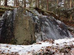 Rock Climbing Photo: Vet Slabs Right.  Short and boulderable.