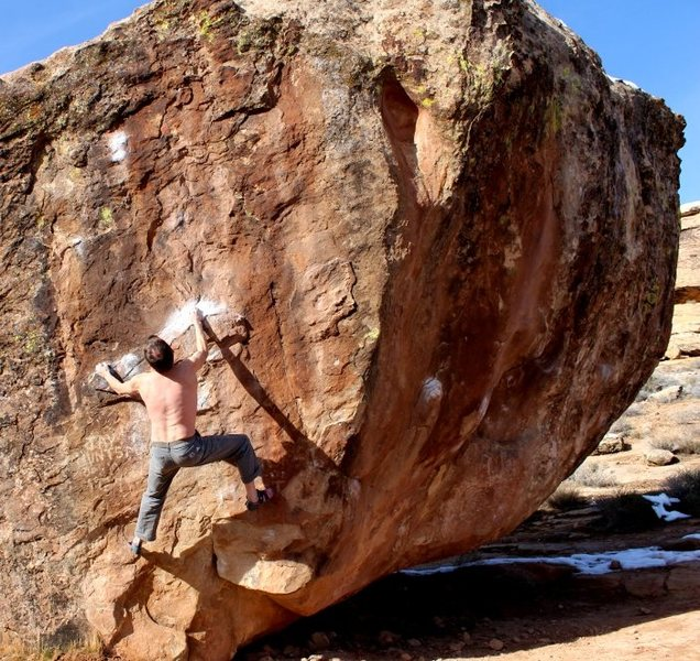 Rock Climbing Photo: Starting up Huntsman Graffiti