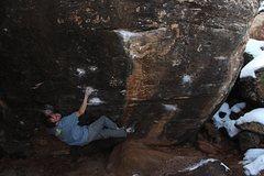 Rock Climbing Photo: Dead Rabbit V10