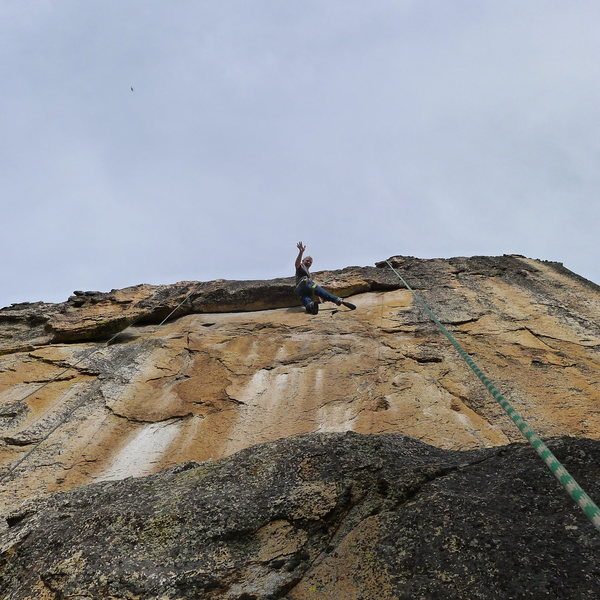 Rock Climbing Photo: Mike Arechiga on, Golden Showers. 5.11a