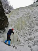 Rock Climbing Photo: Flaking rope before heading up the left side of Je...