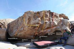 Rock Climbing Photo: False Hueco Boulder Topo
