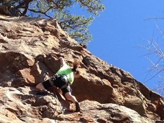 Rock Climbing Photo: Finishing up on Horseshoes and Hand Grenades