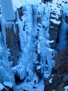 Rock Climbing Photo: First ice lead.... Five minute ice screw tutorial ...