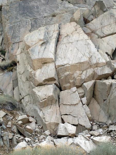 Rock Climbing Photo: Em Ion: short, but stout