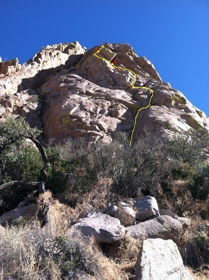 Rock Climbing Photo: West Face of Lambda Wall, topo. Staying in the dih...