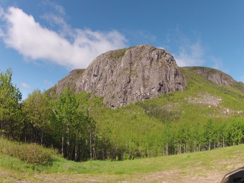 The cliff as seen from the parking<br>
