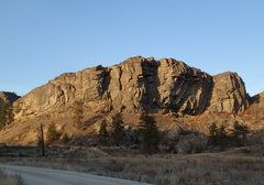 Rock Climbing Photo: Parking Lot Rock (north of the road, but on BLM la...