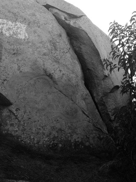 Rock Climbing Photo: East face of East Crack Boulder.