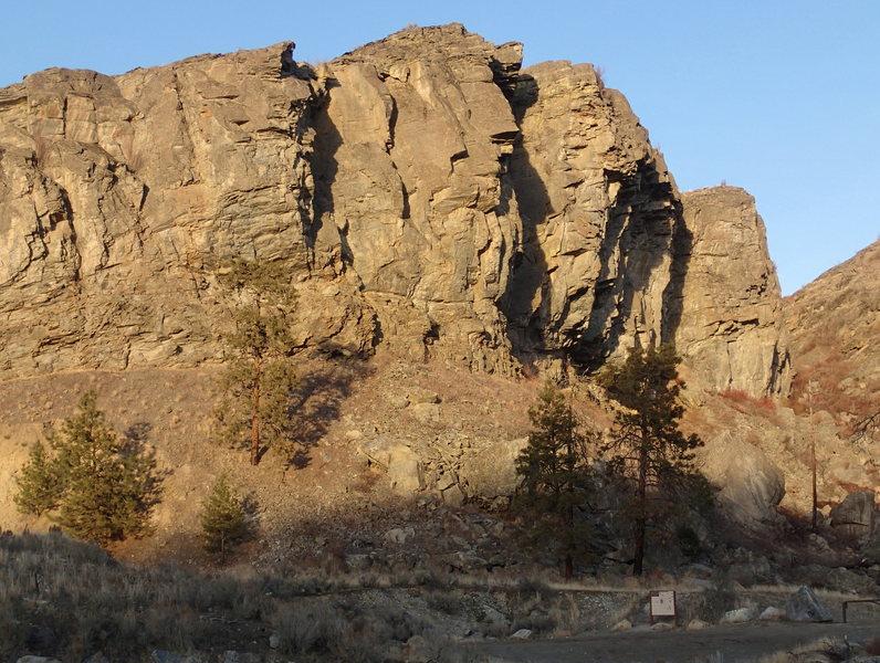 Rock Climbing Photo: Parking Lot Rock