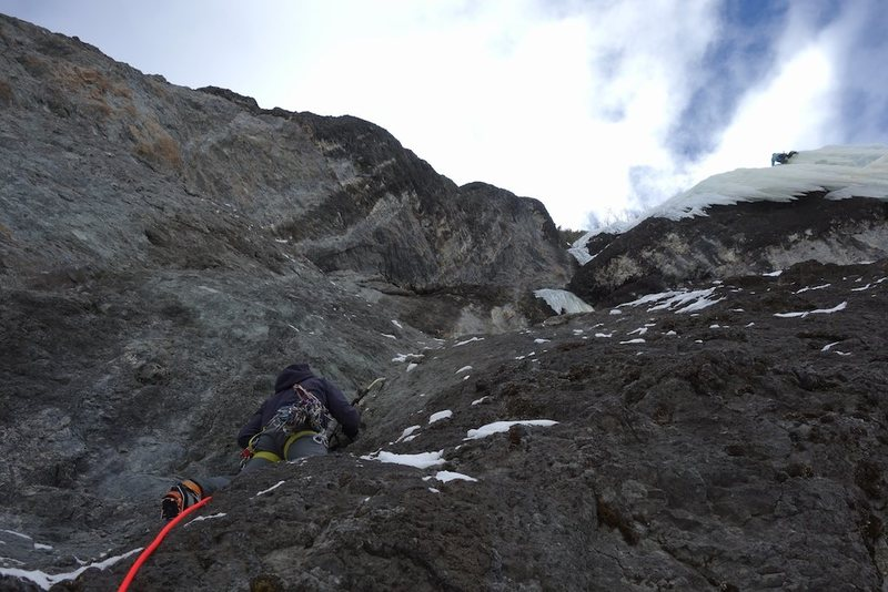 Rock Climbing Photo: JW starting pitch two of the Hairy Devil with a cl...