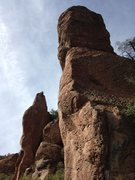 Rock Climbing Photo: The right bolt line. Goes up the shallow trough to...