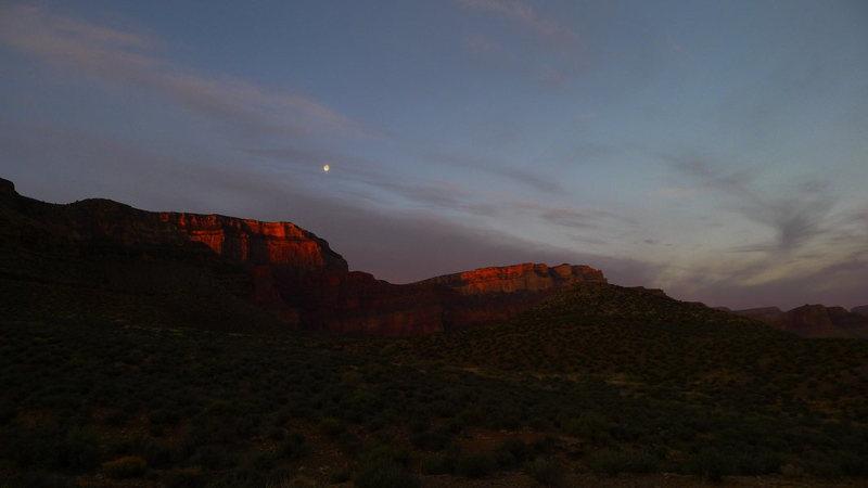 first light descending the S Rim