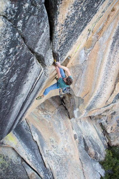 Wild roof crack on the left side of the Aeire Wall 12+++!! FFA Cedar Wright<br> <br> Sonnie Trotter Photo