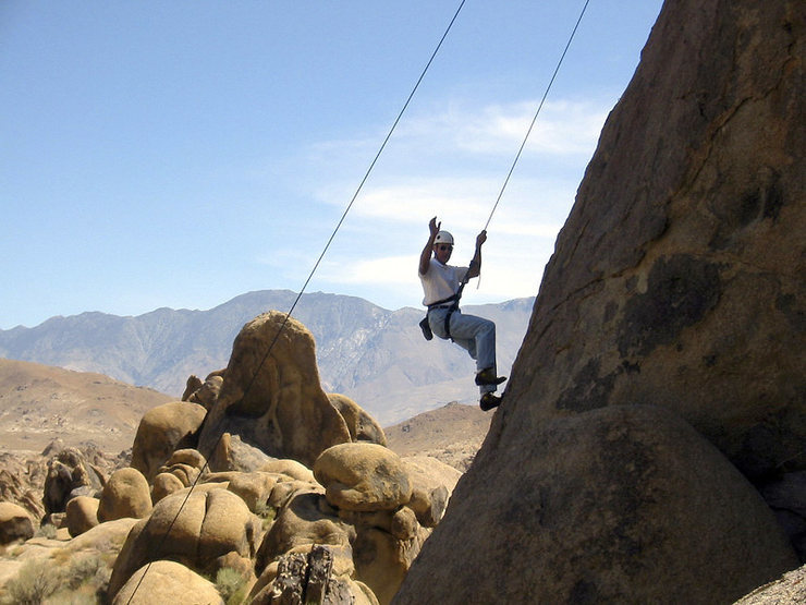 Rock Climbing Photo: Joe lowers off Hoodgie in the Alabama Hills