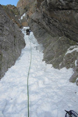 Rock Climbing Photo: 3rd pitch . . . mostly snow down low.  Definitely ...