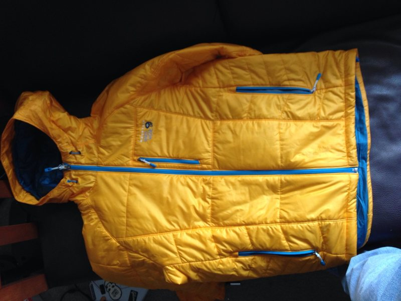Mountain hardwear compressor synthetic insulation jacket