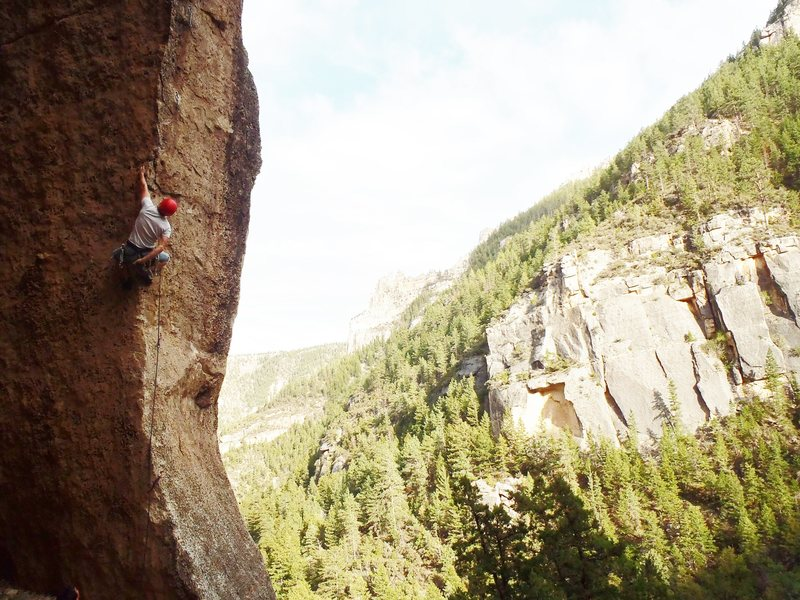 Rock Climbing Photo: Cool shot of clay on White Knight. Summer 13'
