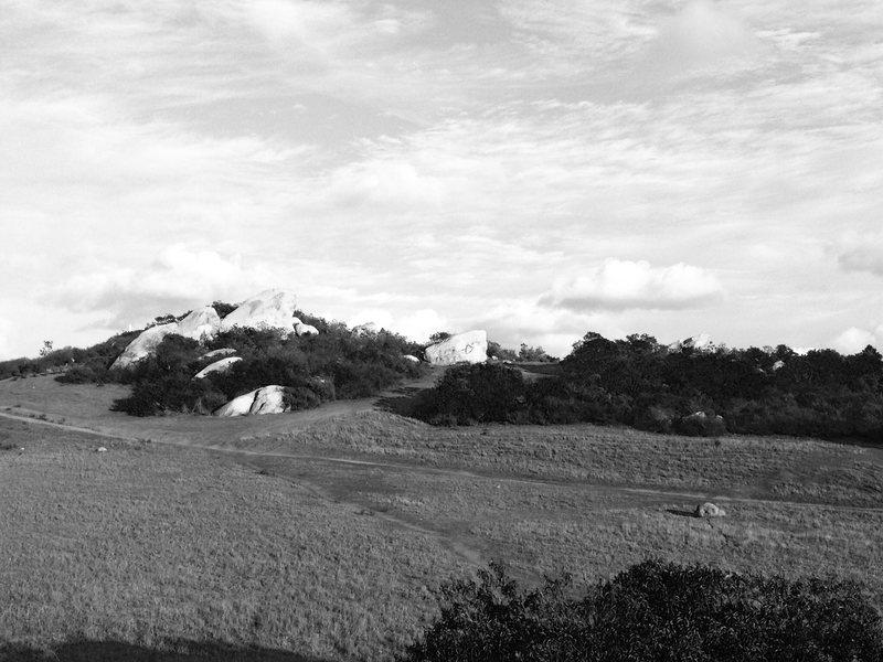 Rock Climbing Photo: Hill Top Cirque as seen from lower boulders.