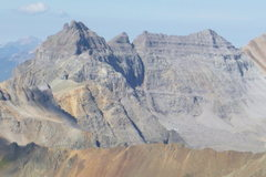 Rock Climbing Photo: A view of the north faces of Dallas (left) and Wes...