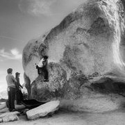 Rock Climbing Photo: Off Camber; sans tree.