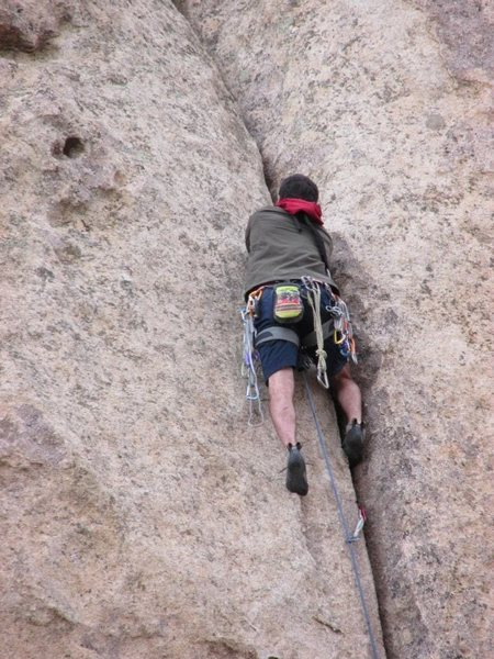 Mike Cesaro climbing Rough + Ready Crack.