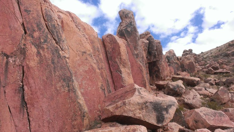 Rock Climbing Photo: Looking towards the columns