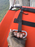 Rock Climbing Photo: A Ledge Bed Tightening tip. Use a biner as a handl...