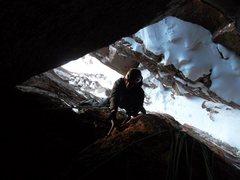 Rock Climbing Photo: Pete Lardy on P2, under the chockstone.