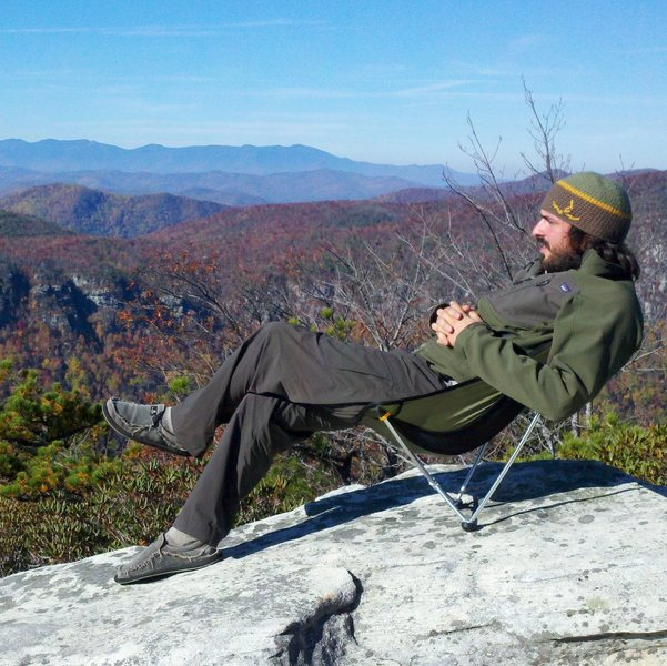 Overlooking Linville gorge one morning near hawksbill mtn.