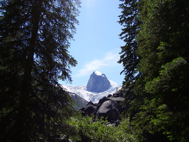 Rock Climbing Photo: The trail in ...