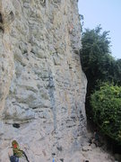 Rock Climbing Photo: Right side base. Note the chunky nature of the roc...