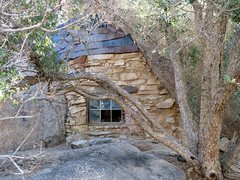 Rock Climbing Photo: Miner's cabin, Joshua Tree NP