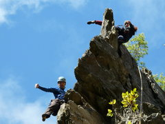 Rock Climbing Photo: Mélanie at the anchor of Dolt and Eric getting to...